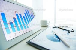 Sėkmingai baigėsi IAE darbuotojų kalbų kompetencijų ir kompiuterinio raštingumo tobulinimo mokymai